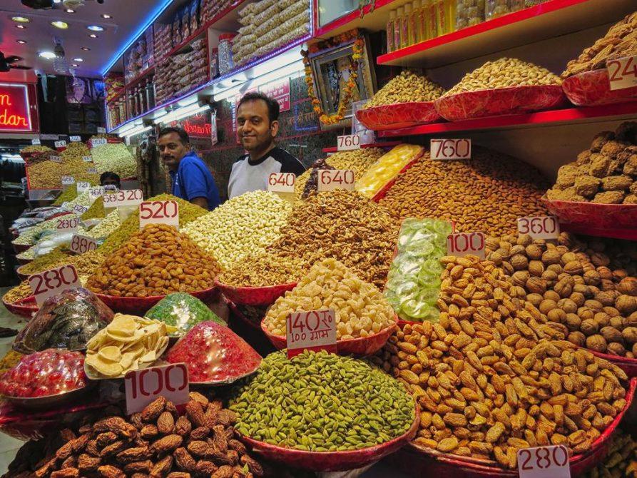 Nuss- und Trockenobstverkauf, Old Delhi, Indien