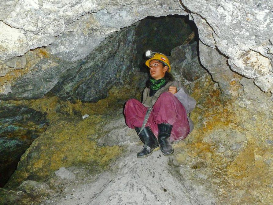 junge Frau in der Mine, Cerro Rico, Potosi