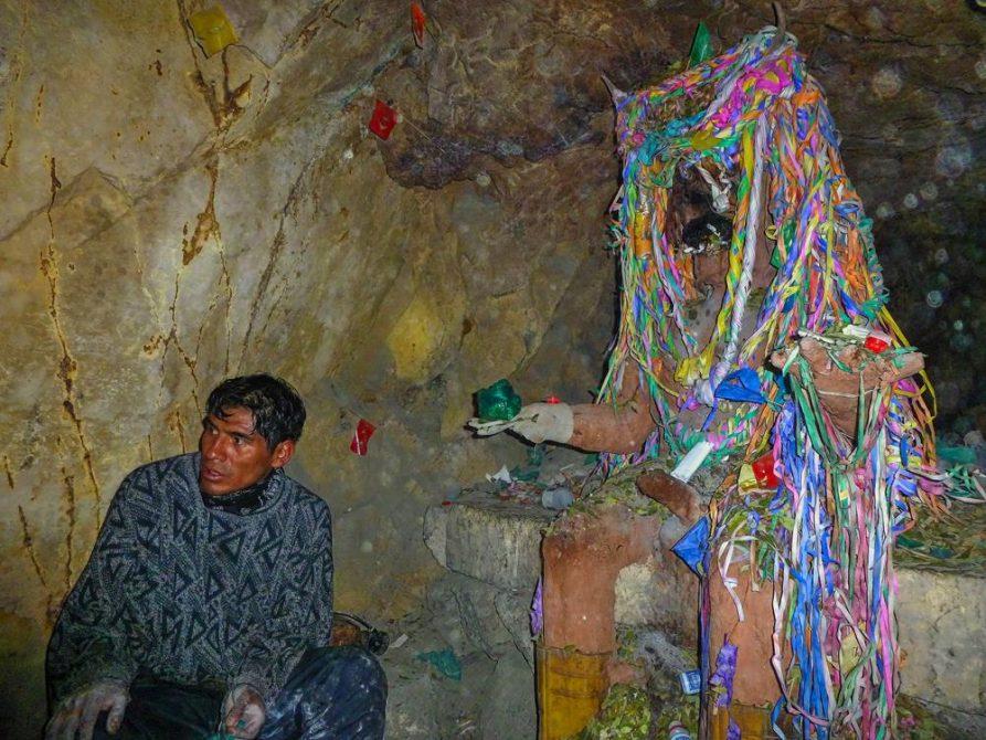 Berggott El Tio in der Mine, Bolivien