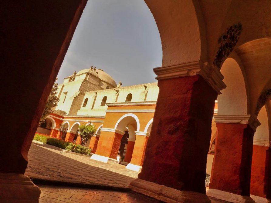Kreuzgang im Kloster Santa Catalina, Arequipa, Peru