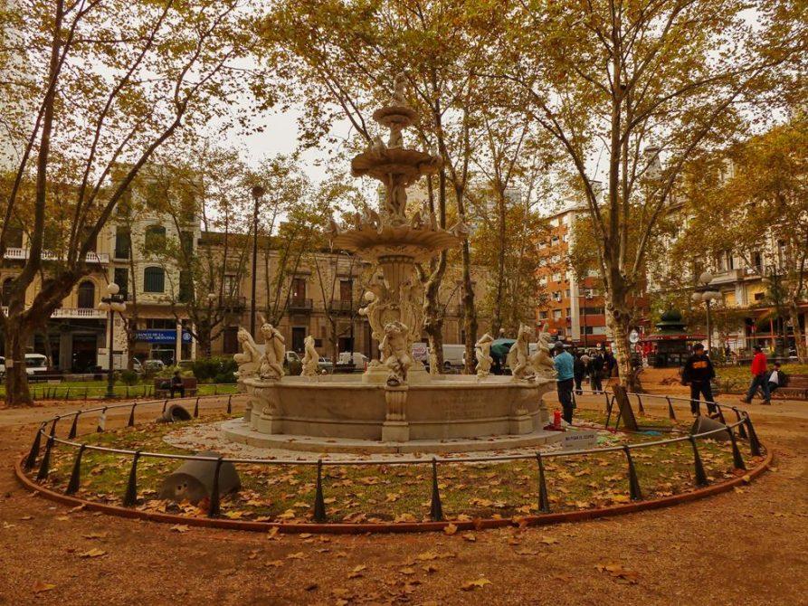 Plaza de la constitucion, Montevideo