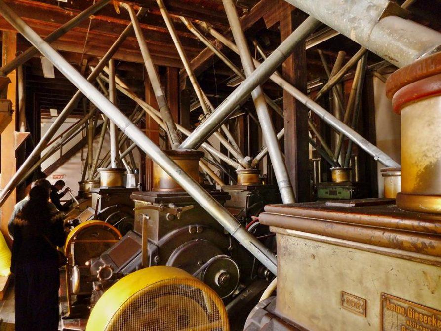 historische Maschine in der Getreidemühle