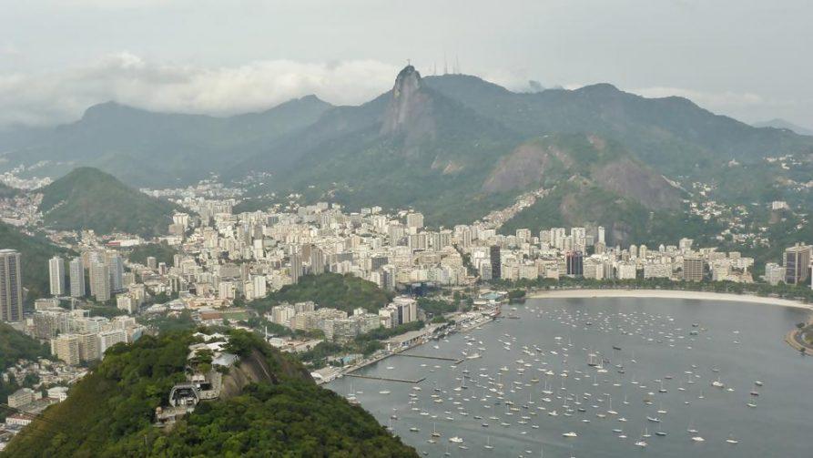 Blick auf Botafogo und Cristo Redentor, Rio de Janeiro