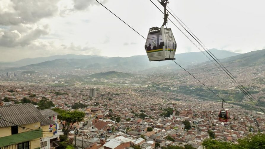 Gondelbahn über Santo Domingo, Medellín