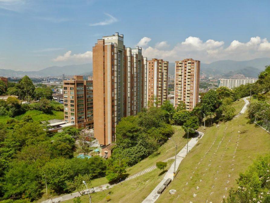 Hochhäuser in Medellín, Kolumbien
