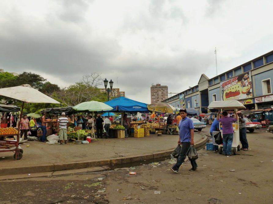 Straßenszene in Maracaibo, Venezuela