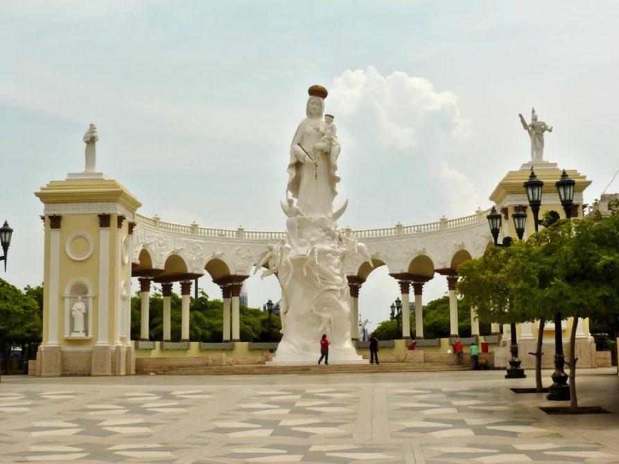 Monumento a Nuestra Señora de Chiquinquirá, Maracaibo