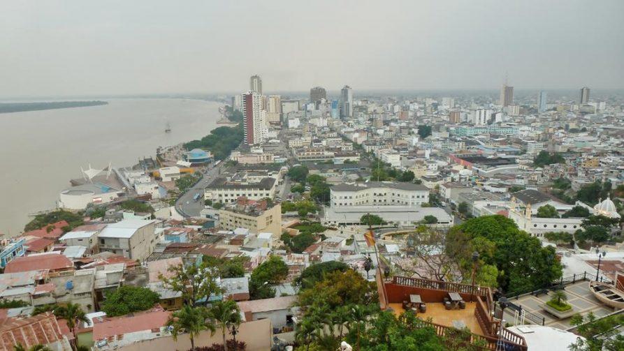 Blick vom Hügel Santa Ana auf Guayaquil, Ecuador