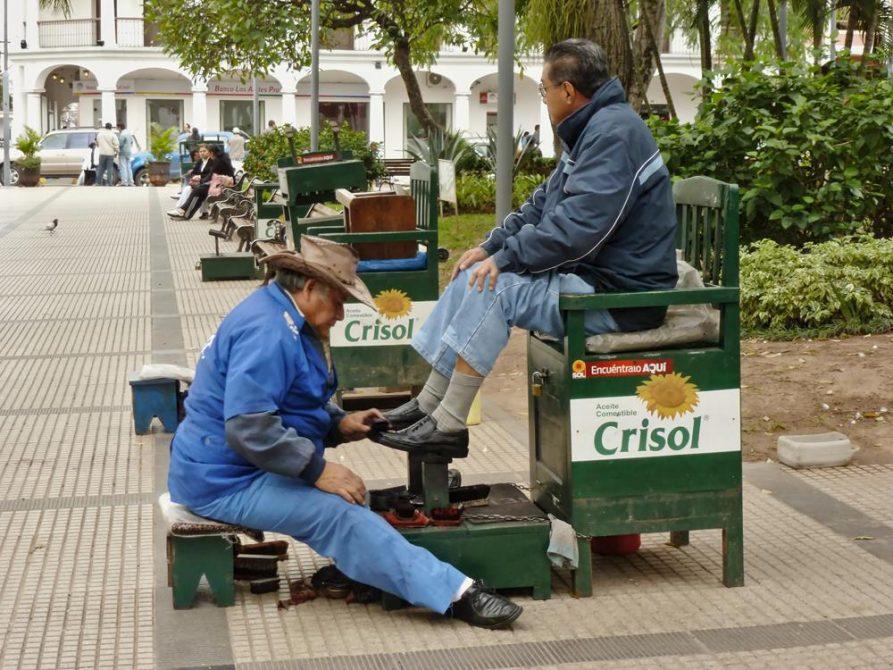 Schuhputzer in Santa Cruz, Bolivien