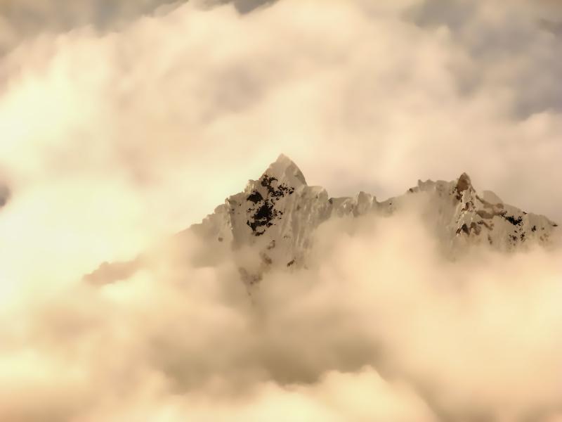 Salkantay in den Wolken, Salkantay Trek, Peru